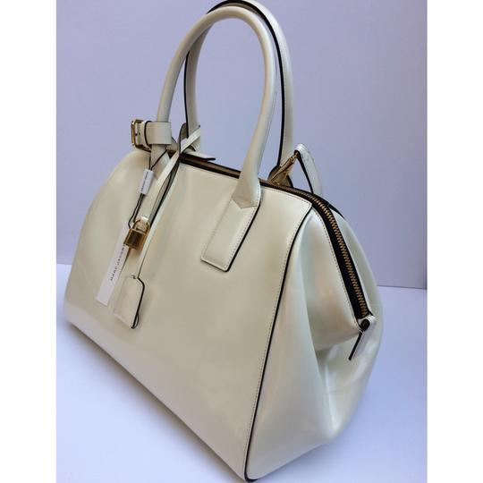 Marc Jacobs Satchel in Medium Incognito Leather Satchel Image 5