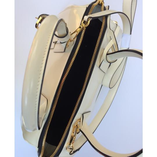 Marc Jacobs Satchel in Medium Incognito Leather Satchel Image 9