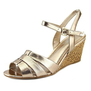 Easy Spirit Sandals New New In Box Gold Wedges