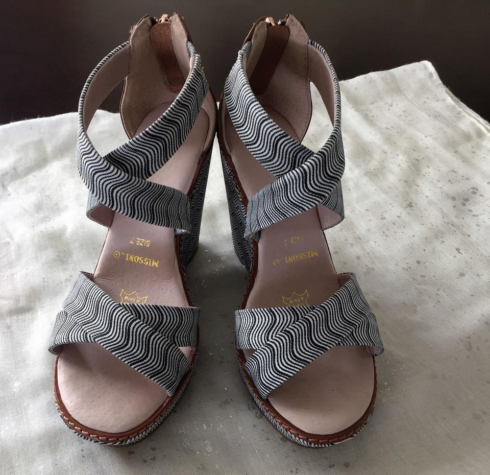 00efac1a867b Missoni for Target Zig Zag Unique Wedge Au Black and White Sandals Image 9.  12345678910