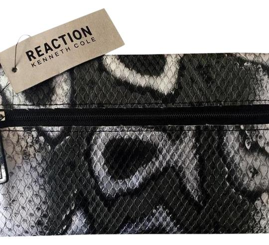 Kenneth Cole Reaction Clutch Wallet Image 1
