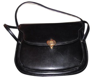 Gucci Multiple Compartment Dressy Or Casual Great For Everyday Mint Vintage Accordion Bottom Satchel in black leather