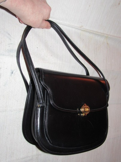 Gucci Multiple Compartment Dressy Or Casual Great For Everyday Mint Vintage Accordion Bottom Satchel in black leather Image 4