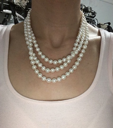 Pearl necklace (designer not known) Pearl necklace Image 4