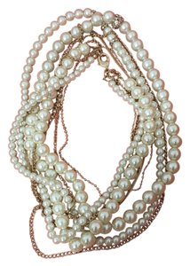 White House | Black Market Pearl beads necklace