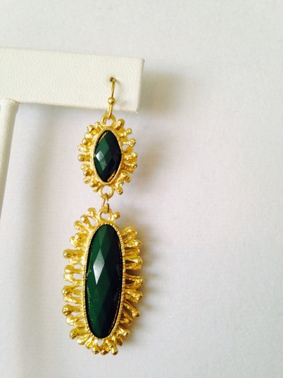 Other Green Onyx Gemstone In Sun-Ray Design Earrings Image 2