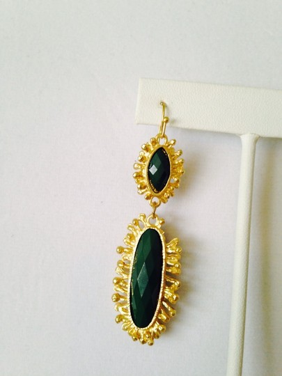Other Green Onyx Gemstone In Sun-Ray Design Earrings Image 3