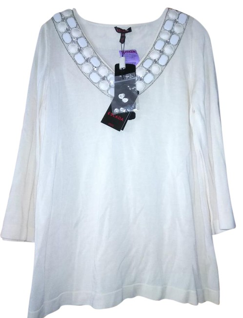 Preload https://img-static.tradesy.com/item/21533653/escada-made-in-germany-embellished-tunic-off-white-sweater-0-1-650-650.jpg