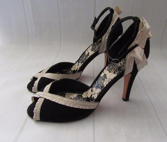 White House | Black Market Suede Peep Toe Ankle Strap Ecru Ribbon black Formal Image 7