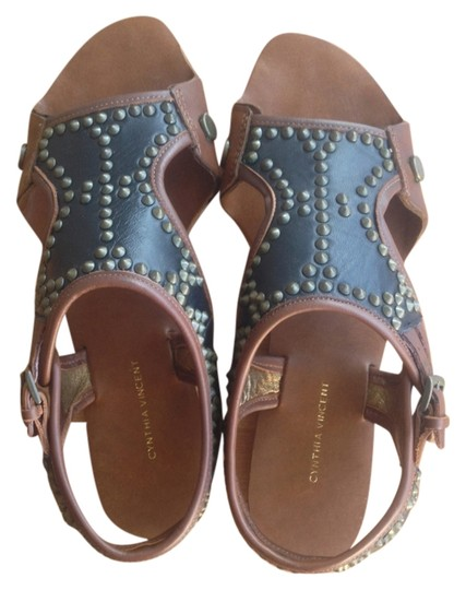 Twelfth St. by Cynthia Vincent brown/black/brass Sandals