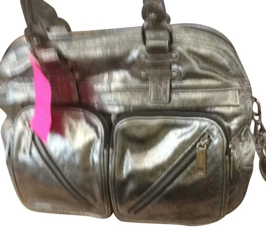 Preload https://img-static.tradesy.com/item/21534177/rebecca-minkoff-paramour-top-handle-silver-leather-satchel-0-1-540-540.jpg