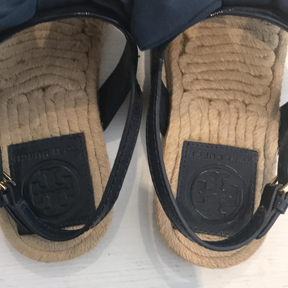 1feaf4e8c35 Tory Burch Navy Penny Flat Bow Espadrilles Sandals Size US 5.5 ...