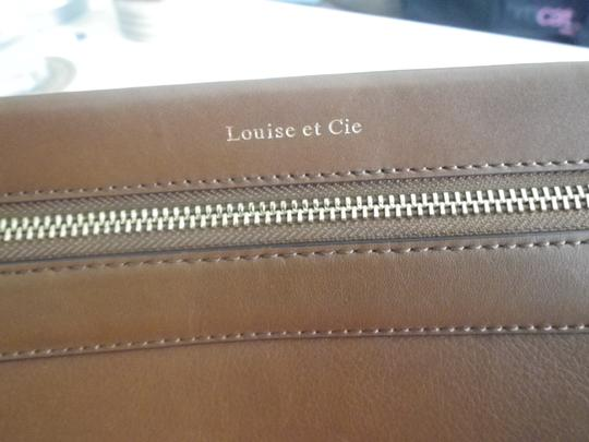 Louise et Cie Leather Gold Hardware Classic Cross Body Bag Image 4