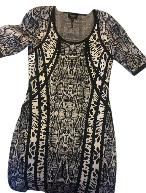 Preload https://img-static.tradesy.com/item/21536119/laundry-by-shelli-segal-black-and-white-night-out-dress-size-6-s-0-1-650-650.jpg