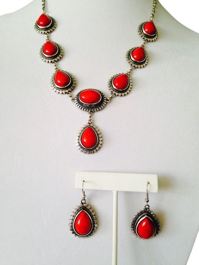 Preload https://img-static.tradesy.com/item/2153618/redsilver-2-piece-set-teardrop-and-silver-tone-necklace-and-earrings-0-0-540-540.jpg