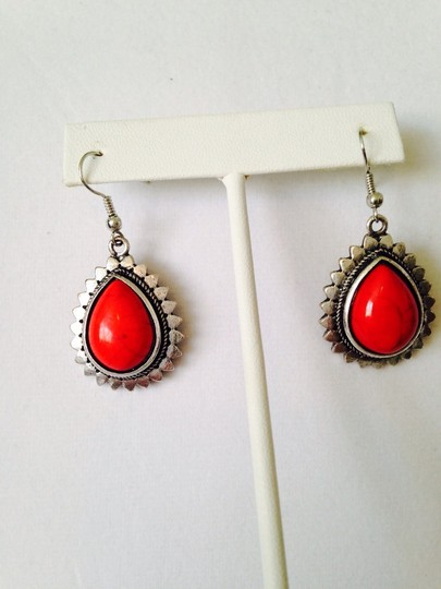 Other 2-Piece Set, Red Teardrop & Silver-Tone Necklace & Earrings Image 5