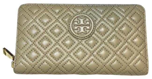 Item - Grey Marion Quilted Multi-gusset Zip Continental French Leather Wallet