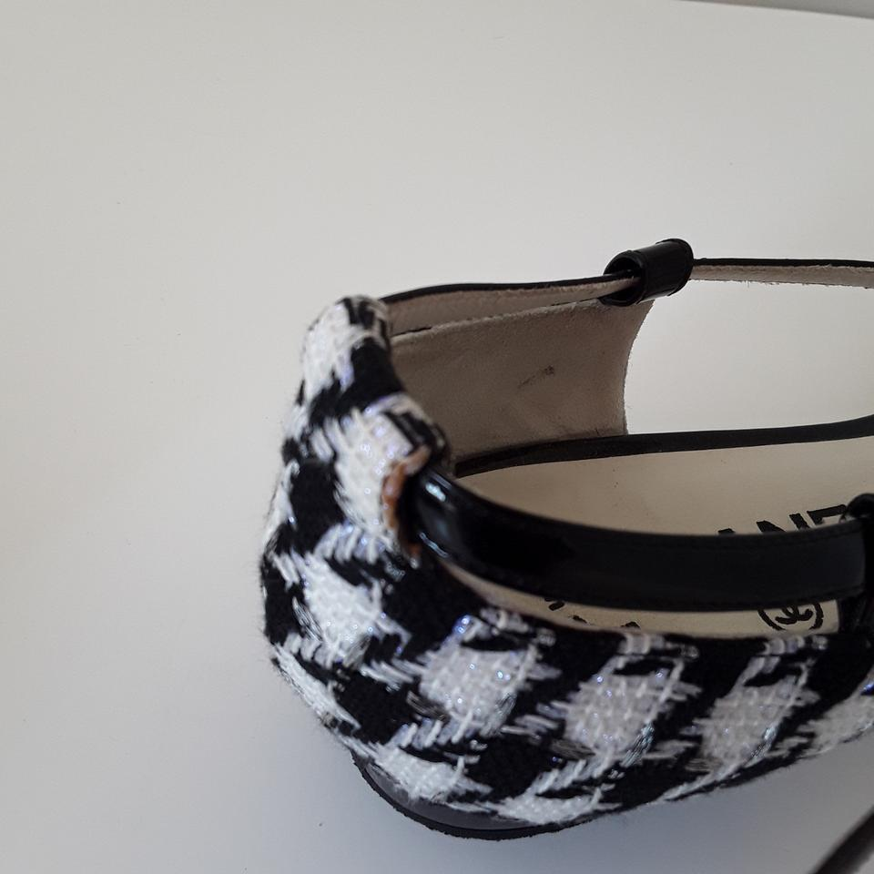 1d14736855cd Chanel Black   White Houndstooth Fabric Beaded T-strap Thong Sandals ...