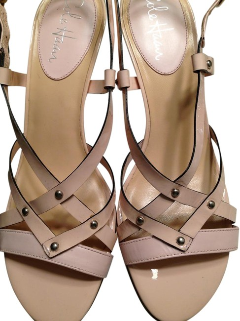 Item - Pale Pink Sandals Size US 8.5 Regular (M, B)