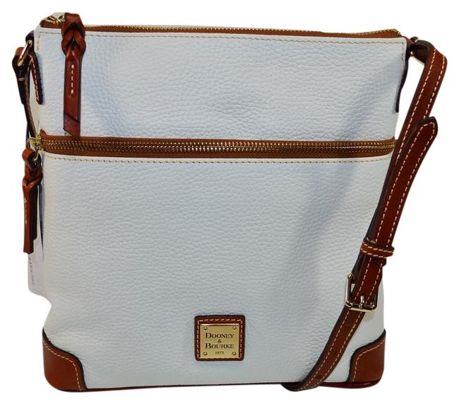 Item - Pebble R254 Wh White Leather Cross Body Bag