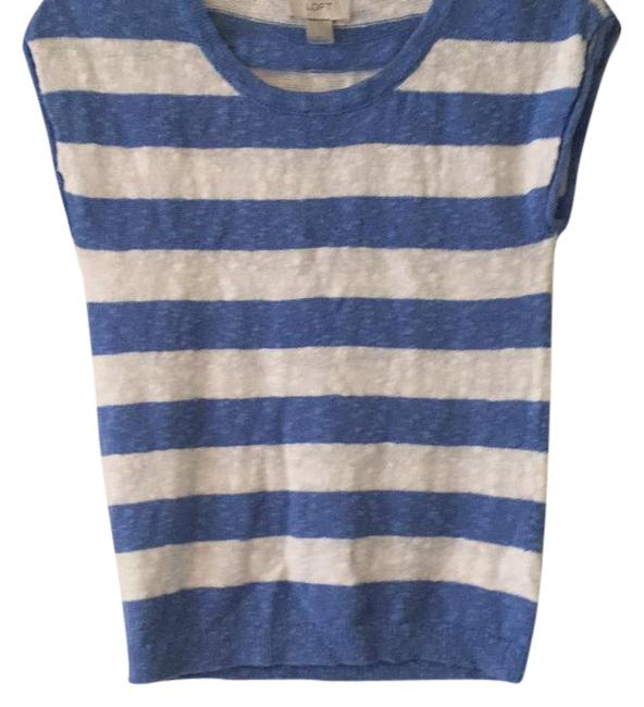 Preload https://img-static.tradesy.com/item/21540838/ann-taylor-loft-blue-white-stripped-shirt-sweatshirthoodie-size-2-xs-0-1-650-650.jpg