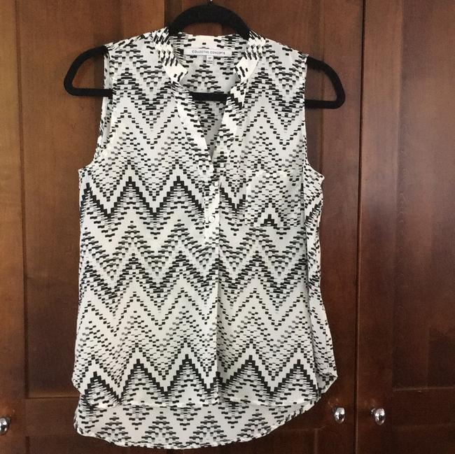 Collective Concepts Geometric Chevron Pixilated Sleeveless Flowy Top black white