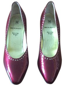 Bruno Magli Burgandy Pumps