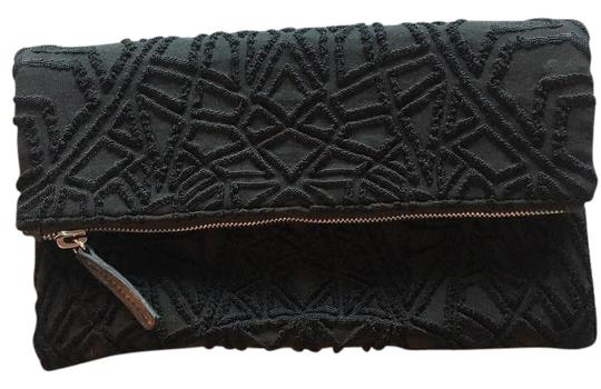 Preload https://img-static.tradesy.com/item/21541539/rvn-3d-black-jacquard-clutch-0-1-540-540.jpg