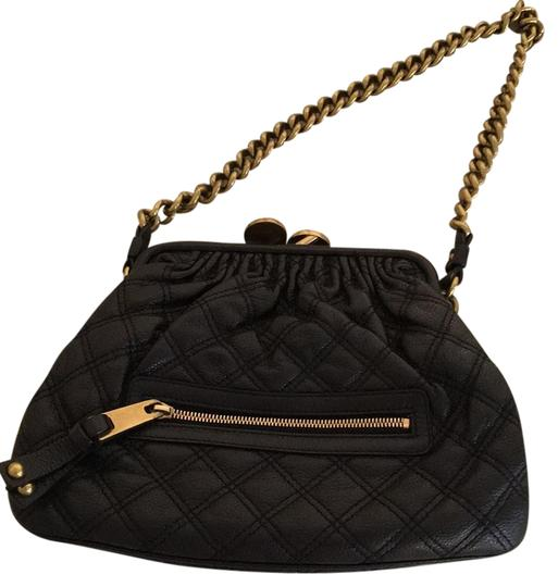 Preload https://img-static.tradesy.com/item/21541645/marc-jacobs-black-leather-shoulder-bag-0-2-540-540.jpg