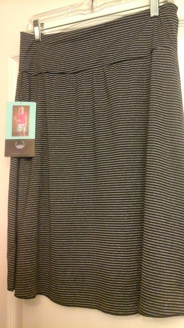 Tranquilty Casual Date Night Night Out Skirt Black and gray stripe