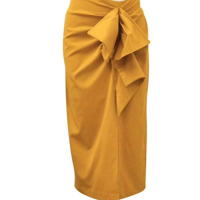 Preload https://img-static.tradesy.com/item/21541912/gracia-mustard-layer-skirt-size-12-l-32-33-0-1-650-650.jpg