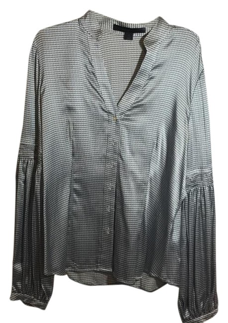 Preload https://item2.tradesy.com/images/express-office-blouse-size-4-s-21542146-0-1.jpg?width=400&height=650