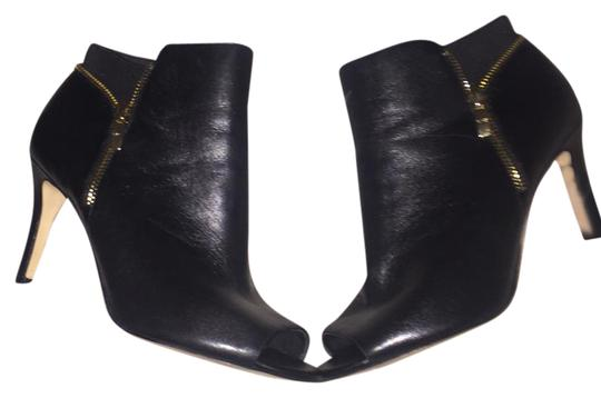 Preload https://item1.tradesy.com/images/marc-fisher-serenity-leather-bootsbooties-size-us-85-regular-m-b-21542190-0-1.jpg?width=440&height=440