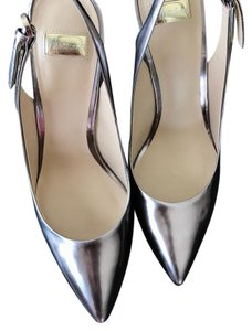 Guess By Marciano Metal Gray Pumps