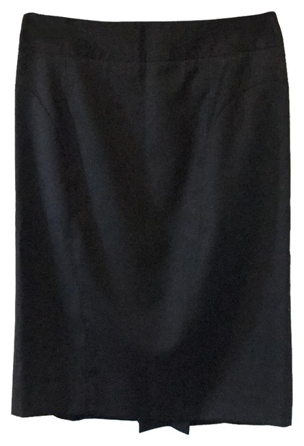 Preload https://item2.tradesy.com/images/ted-baker-black-pleated-knee-length-skirt-size-os-one-size-21542461-0-5.jpg?width=400&height=650