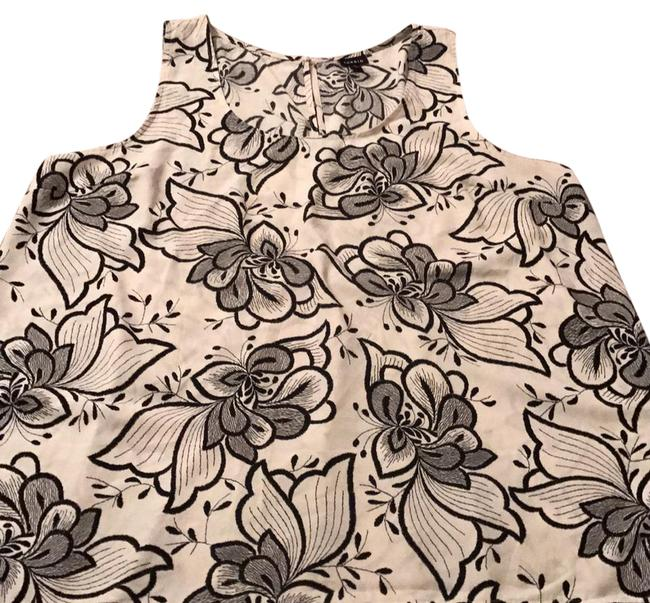 Preload https://item2.tradesy.com/images/torrid-ivory-with-black-print-floral-high-tank-topcami-size-24-plus-2x-21542536-0-1.jpg?width=400&height=650