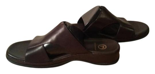 Preload https://item3.tradesy.com/images/rockport-dark-chocolate-brown-apw10143m-sandals-size-us-75-regular-m-b-21543137-0-1.jpg?width=440&height=440