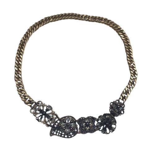 Preload https://item1.tradesy.com/images/banana-republic-gold-and-black-floral-necklace-21543610-0-1.jpg?width=440&height=440