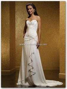 Mia Solano Diamond White 410 Wedding Dress Size 10 (M)