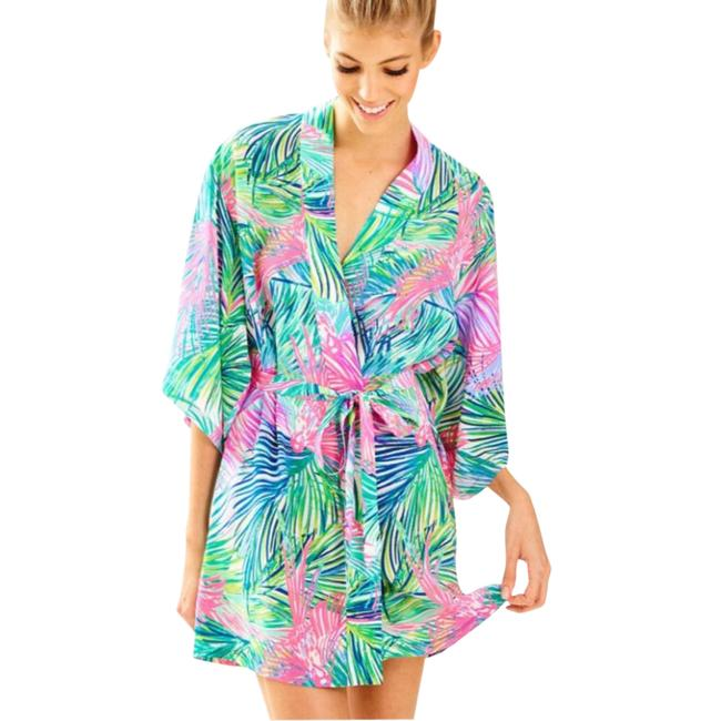 Preload https://img-static.tradesy.com/item/21544166/lilly-pulitzer-robe-cover-upsarong-size-12-l-0-1-650-650.jpg