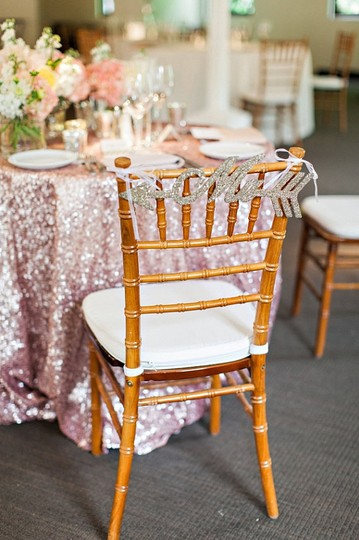 Preload https://item2.tradesy.com/images/blush-120-round-sequin-rose-gold-bling-glam-sparkle-tablecloth-21544271-0-0.jpg?width=440&height=440