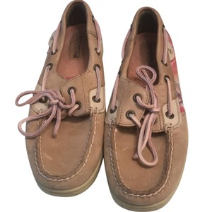 Sperry pink and beige Flats