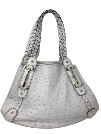 Preload https://item3.tradesy.com/images/gucci-pelham-white-ostrich-leather-shoulder-bag-21545222-0-1.jpg?width=440&height=440