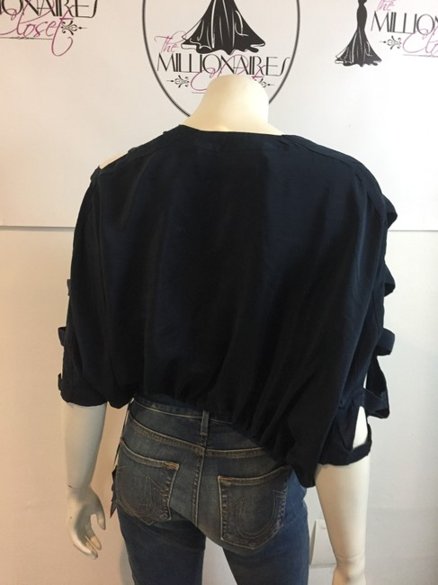 Yigal Azrouël Silk Top navy blue