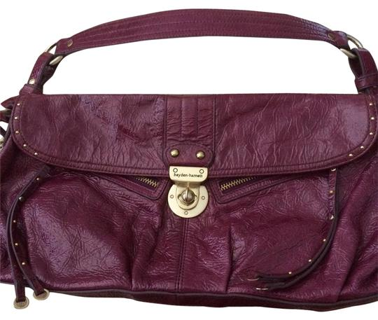 Preload https://item3.tradesy.com/images/purple-patent-leather-shoulder-bag-21545417-0-3.jpg?width=440&height=440