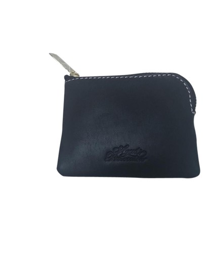 Preload https://item1.tradesy.com/images/agent-provocateur-coin-wallet-black-leather-baguette-21545425-0-2.jpg?width=440&height=440