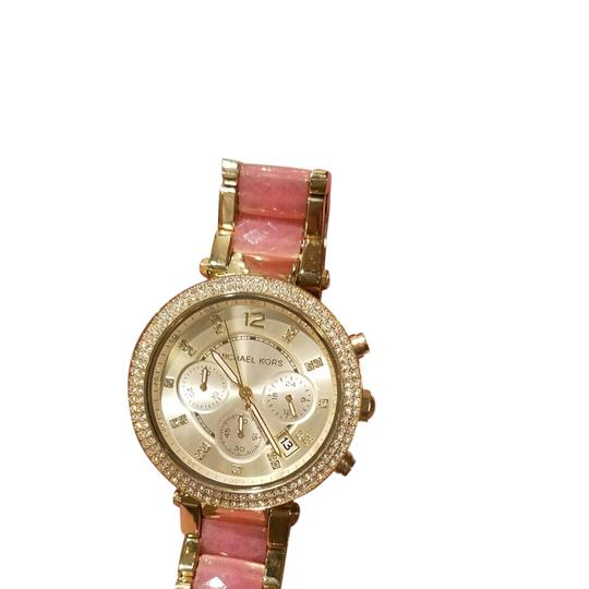 Preload https://item1.tradesy.com/images/michael-kors-pink-and-gold-watch-21545455-0-1.jpg?width=440&height=440