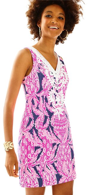 Preload https://item5.tradesy.com/images/lilly-pulitzer-bright-navy-coco-safari-gabby-shift-24273-short-cocktail-dress-size-2-xs-21545484-0-3.jpg?width=400&height=650