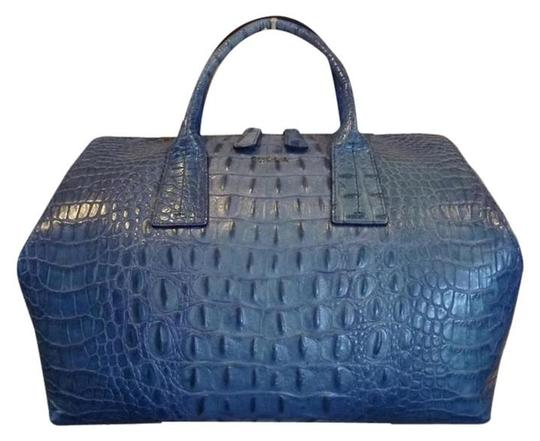 Preload https://img-static.tradesy.com/item/21545686/furla-croc-papermoon-blue-embossed-leather-satchel-0-0-540-540.jpg