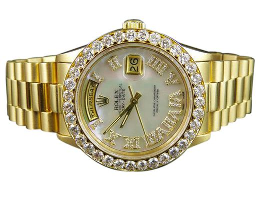 Preload https://item4.tradesy.com/images/rolex-18k-yellow-gold-president-day-date-36mm-white-mop-diamond-60ct-watch-21545713-0-1.jpg?width=440&height=440
